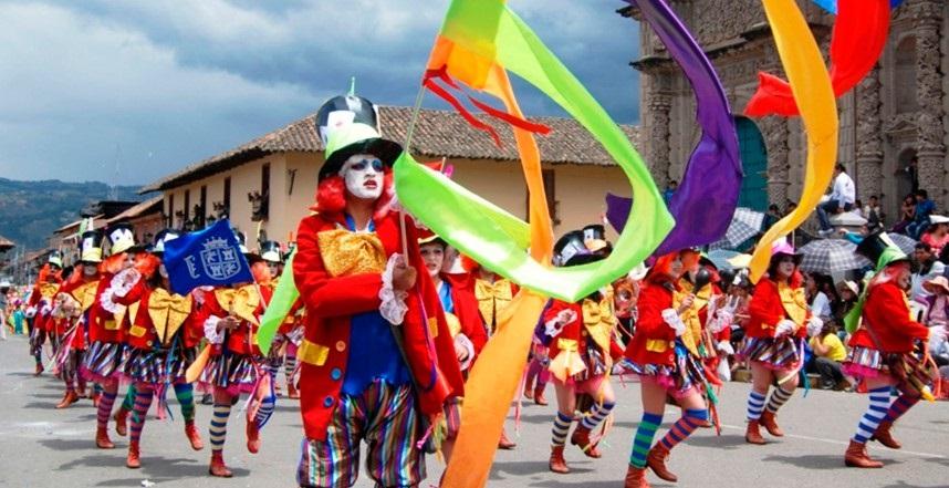 carnavales andes peru