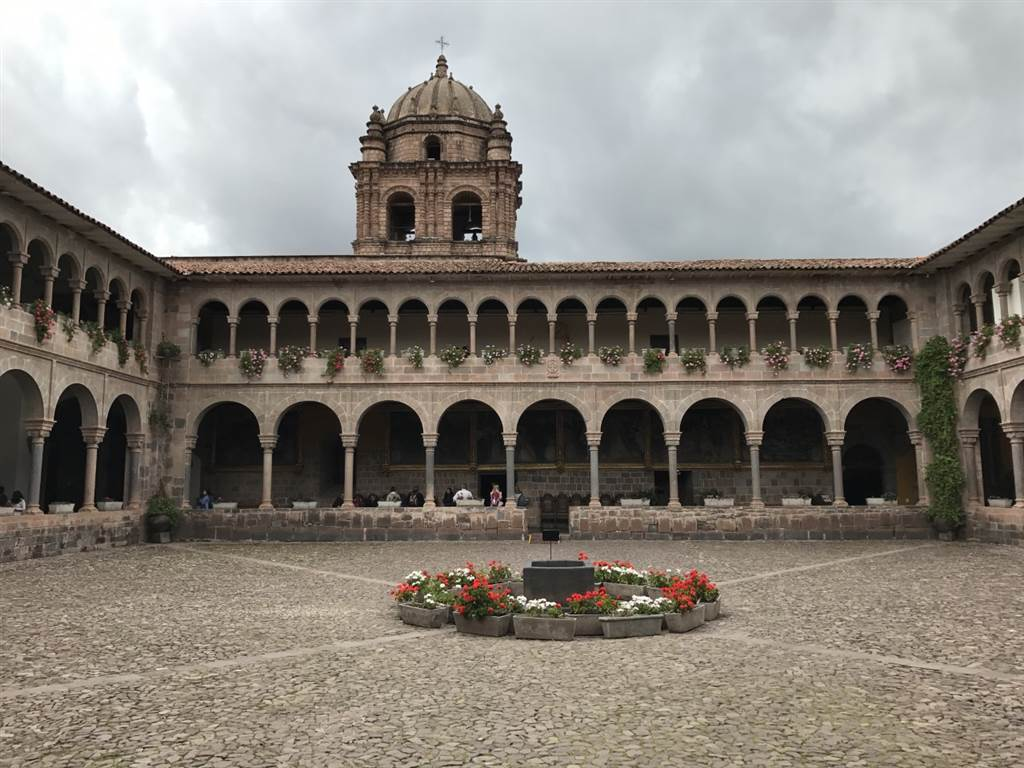 visitar arequipa circuitos y viajes organizador Perú